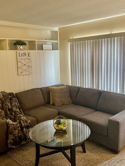 New L Shaped Couch From the Sofa Company for Sale in Santa Monica,  CA