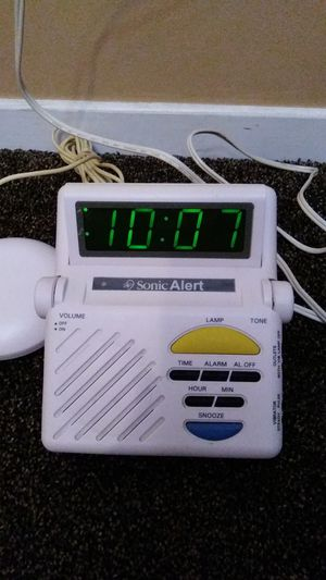 Sonic Alert, 3 mode alarm clock, $40 FIRM, ITS AVAILABLE for Sale in Bakersfield, CA