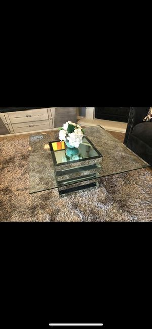 Rooms to go glass coffee table and side table for Sale in Houston, TX