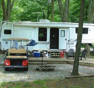 Carri-lite 5th wheel Camper for Sale in Fort Wayne, IN