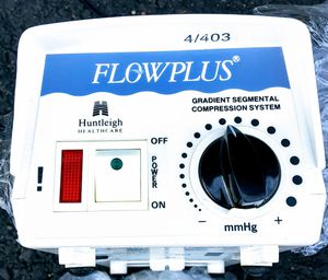 Flow plus gradient segmented compression system for Sale in Medford, OR