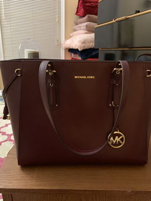 Michael Kors Tote for Sale in Highland, MD