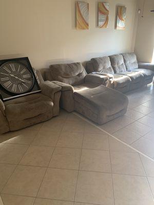 Living room set for Sale in Riverview, FL
