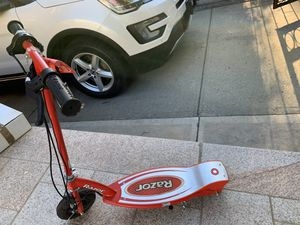 Razor E150 Electric Scooter for Sale in Brooklyn, NY