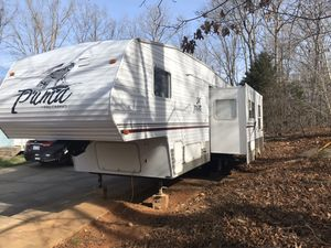 2005 Puma Fifth wheel camper for Sale in Trinity, NC