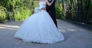Wedding dress size 12/14 for Sale in Harrisonburg, VA