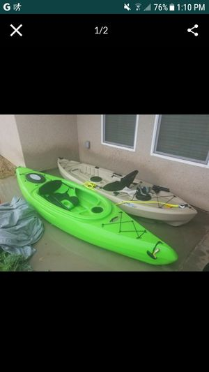10ft kayak and paddles for Sale in Sanger, CA