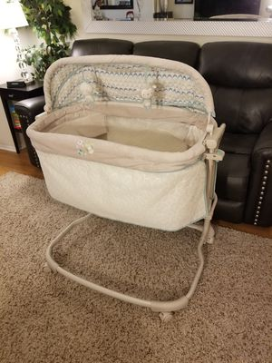 Crib/Basinet Baby Bed for Sale in Los Angeles, CA