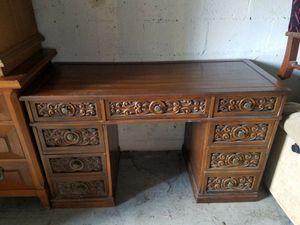 Wooden desk for Sale in Pompano Beach, FL