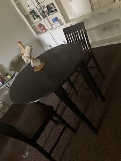 Table set , couch set for Sale in Columbus,  OH