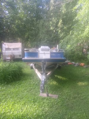 Hurricane deck boat and trailer for Sale in Haverhill, MA