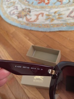 Burberry sunglasses Bordeaux and pink for Sale in Potomac Falls, VA