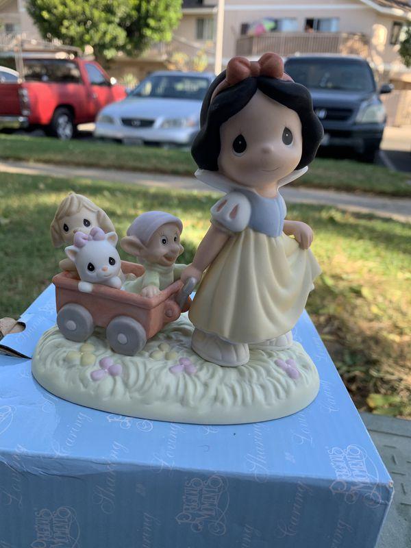 Precious moments 3 Princess Ariel Snow White and Cinderella