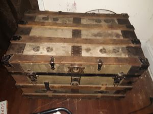 antique chest 2 of them for Sale in Columbus, OH
