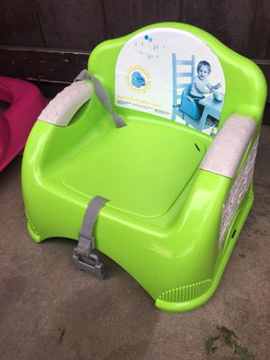 Booster seat for Sale in Lynwood, CA