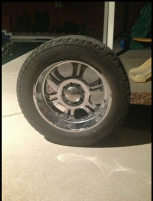 """22"""" wheels for chevy 8 lugs in good conditions for Sale in Surprise, AZ"""