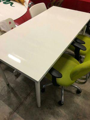 office desk white for Sale in Miami, FL