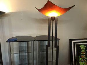 Floor lamp with foot switch / lampara de piso con apagador de piso for Sale in Arlington, TX