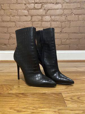 Fashion Nova Black Boot Heels (Size 9, 4.5 inch) for Sale in Boston, MA