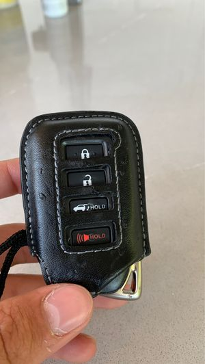 Lost car Key for Sale in Chelan, WA