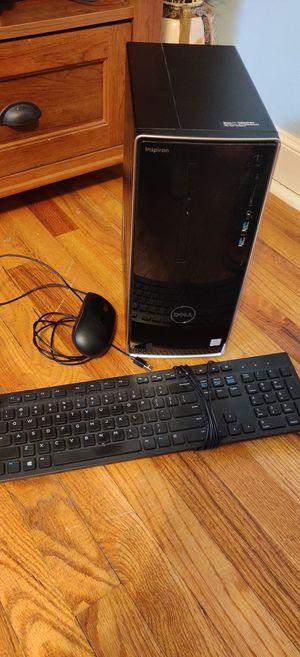 Dell Inspiron 3650 setup (webcam and monitor) for Sale in Oak Lawn, IL