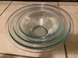 6 piece Pyrex glass nesting mixing bowls for Sale in Fort Lauderdale, FL