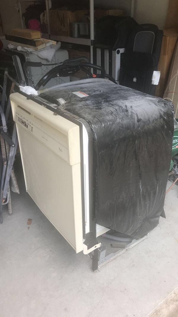 $85 dishwasher whirlpool good condition
