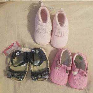 NEW Baby girls shoes Size: 2 (3-6 months). Bonanza & Nellis. for Sale in Las Vegas, NV