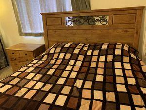 Full size bedroom set for Sale in Tucson, AZ