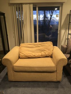 Single sleeper bed couch for Sale in Lone Tree,  CO