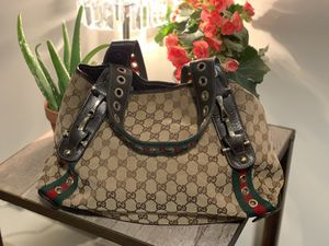 Vintage large Gucci bag for Sale in Lowell, MA