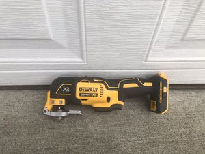 DEWALT XR Cordless Brushless-Amp 20-Volt Max Variable Speed Oscillating Multi-Tool Kit for Sale in Marysville, WA