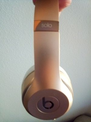 Gold Beats Solo 3 for Sale in Austin, TX