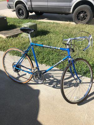 Retro Road Bike for Sale in Clarksville, TN