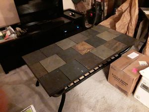 Coffee, end, sofa, and kitchen table for Sale in Murfreesboro, TN