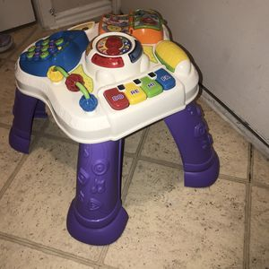 Baby toys n booster seat for Sale in Dallas, TX