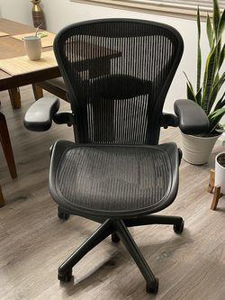 Herman Miller Aeron Classic Ergonomic Chair - Size B - Graphite for Sale in Kent,  WA