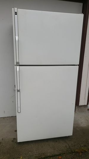 Free working refrigerator for Sale in Kent, WA