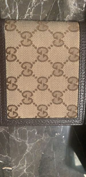 Gucci wallet for Sale in La Quinta, CA