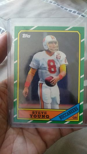 RARE STEVE YOUNG ROOKIE 1985 Topps card in Mint Condition for Sale in Long Beach, CA