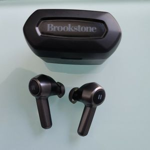 Brookstone Headphones True Wireless for Sale in Virginia Beach, VA