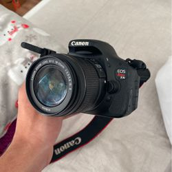 Canon T3i for Sale in Kissimmee,  FL