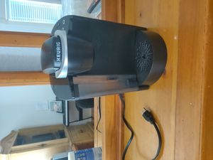 Keurig (mint condition) for Sale in Port Charlotte, FL