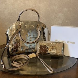 Michael Kors matching set handbag satchel crossbody purse & wristlet wallet NEW for Sale in Mesquite, TX