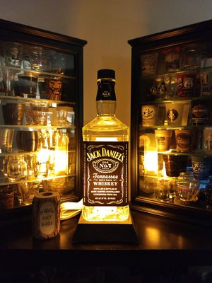 Jack Daniels lamp for Sale in Peoria, IL