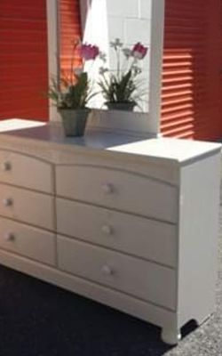 BY ASHLEY OFF WHITE DRESSER WITH BIG DRAWER AND BIG MIRROR GREAT CONDITION for Sale in Fairfax,  VA