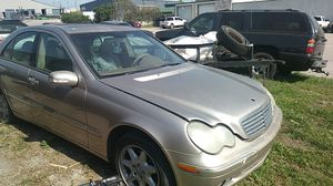 2002 Mercedes C240 parting out only motor has 165 on it 165k for Sale in Austin, TX