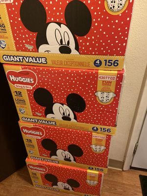 huggies diapers size 4 for Sale in Renton, WA