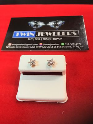10Kt Floral Gold Diamond ear rings on sale for Sale in Indianapolis, IN
