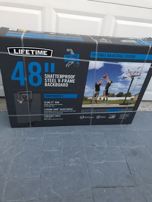 New basketball hoop new in box new never open want last long for Sale in Pembroke Pines, FL